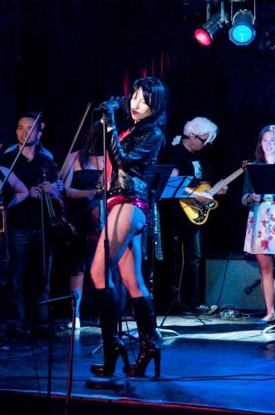 Coco Cobra sings Mozart at Classical Revolution's Summer Showcase. Photo: Gene Newell.