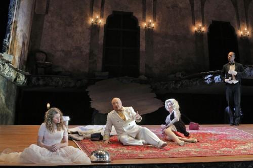 "Kelly Cae Hogan as Salome, Alan Woodrow as Herod, Rosalind Plowright as Herodias in Portland Opera's ""Salome"" © Cory Weaver / Portland Opera"