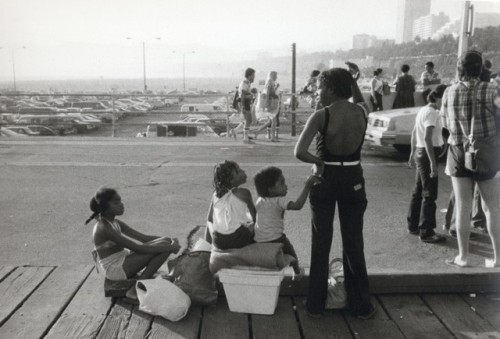 "Carrie Mae Weems, ""Boardwalk Santa Monica, Mother With Children""/Portland Art Museum"