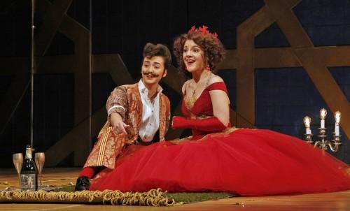 Caitlin Mathes as Rinaldo, Sharin Apostolou as Almirena. Photo: Portland Opera/Cory Weaver