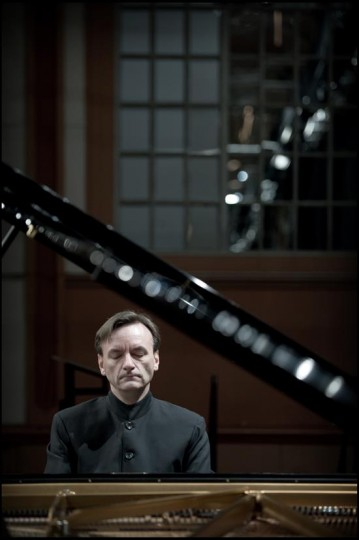 Stephen Hough performed at Portland State University.
