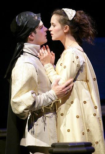 John Tufts and Christine Albright as Romeo and Juliet, 2007/ Photo: T. Charles Erickson