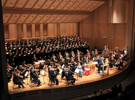 Steven Zopfi conducts Portland Symphonic Choir in Michael Tippett's oratorio, 'A Child of Our Time.'