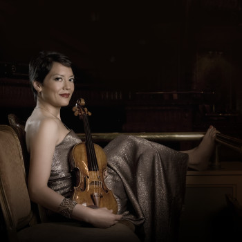Anne Akiko Meyers performs with the Vancouver Symphony.