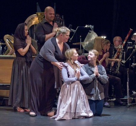 "The cast of ""Turn of the Screw."" Photo: Cliff Coles / Eugene Opera."