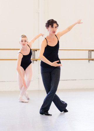 Anne Mueller and Portland Ballet student Medea Cullumbine Robertson. Photo by Blaine Truitt Covert