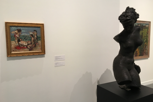 "Frederick Littman's sculpture ""Torso"" (1968. Bronze, 46 x 22 x 12 inches, The Arlene and Harold Schnitzer Collection, Portland) and Mark Rothko's 1928 painting ""Beach Scene"" (oil on canvas mounted on board, Reed College, Kaufman Memorial Art Collection, gift of Louis and Annette Kaufman in memory of Isaac and Pauline Kaufman). Oregon ArtsWatch photo"