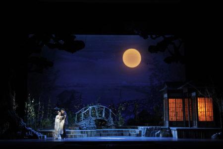 Hiromi Omura as Cio-Cio-San and Luis Chapa as B.F. Pinkerton in Portland Opera's 2019 production of Puccini's Madama Butterfly. Photo by Cory Weaver/Portland Opera.